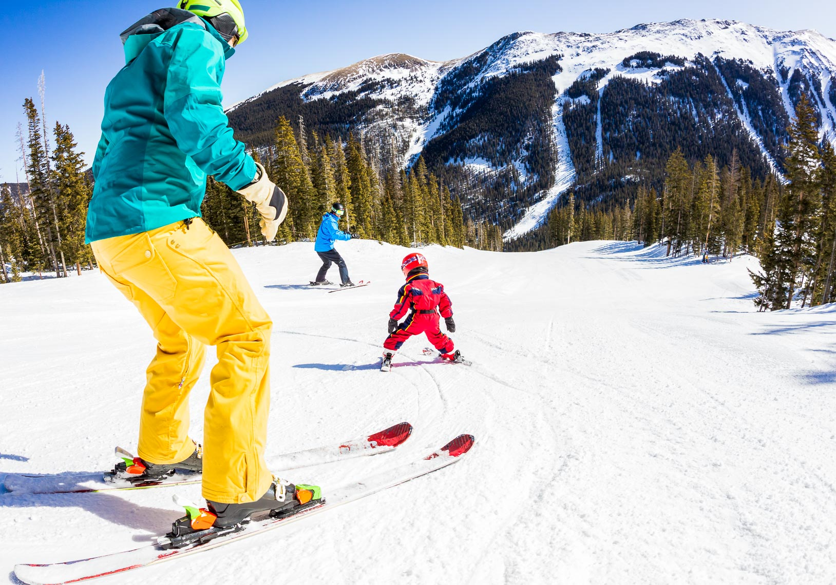 Family Ski Groom Run in New Mexico | Michael DeYoung