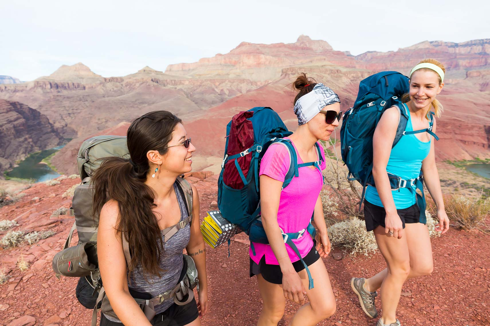 Grand Canyon women hikers