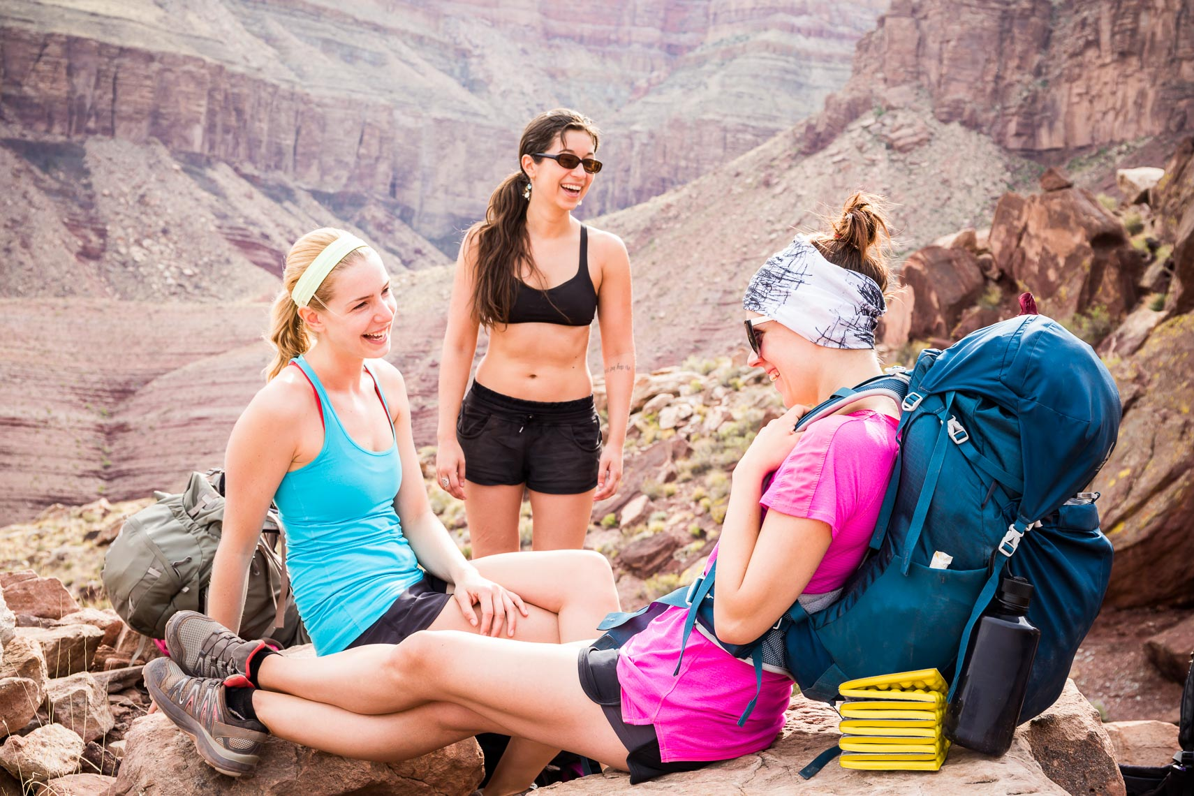 Grand Canyon Women Backpackers Break | Michael DeYoung